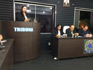 Vereadora Luiza Sátyro (DEM) solicita que seja implantado carga horária de 30hs para equipes de enfe