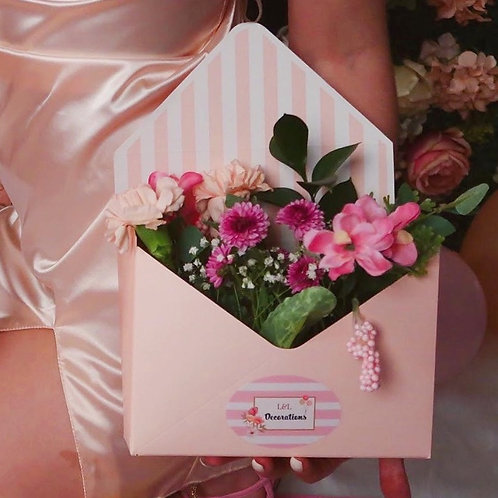 Love Envelop Bouquet- Pink and White
