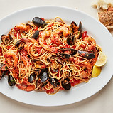SEAFOOD SPAGHETTI WITH MUSSELS AND SHRIM