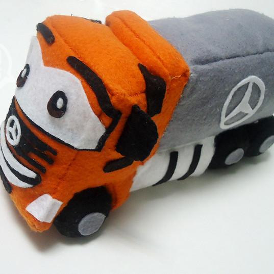 Mascote Mercedes