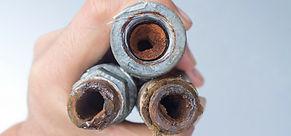 tubo-otturato-ruggine.jpg
