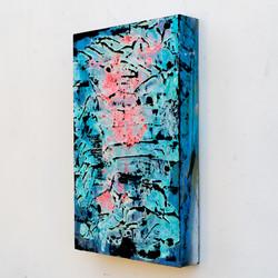 pink dg blue dg 15x10-00289