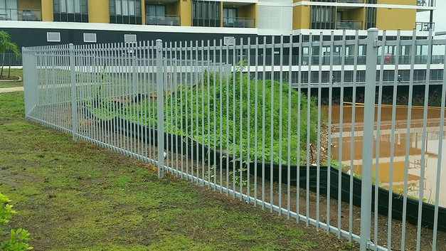 16473053_1324791997579214_43856696608449pool-fencing, fencing, industrial-fencing, electric-gate, automation, security-fencing, darwin, fencing-contractor