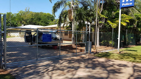 34367918_1805170812874661_39732809199087pool-fencing, fencing, industrial-fencing, electric-gate, automation, security-fencing, darwin, fencing-contractor