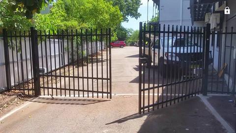 24131306_1617260744999003_89639606723888pool-fencing, fencing, industrial-fencing, electric-gate, automation, security-fencing, darwin, fencing-contractor