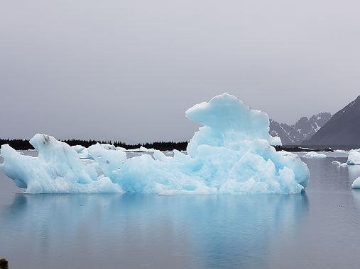 massive blue iceberg.jpeg
