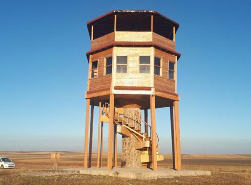 Kuş gözlem kulesi utanç kulesi oldu