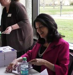 Susan-Book-Signing.jpg