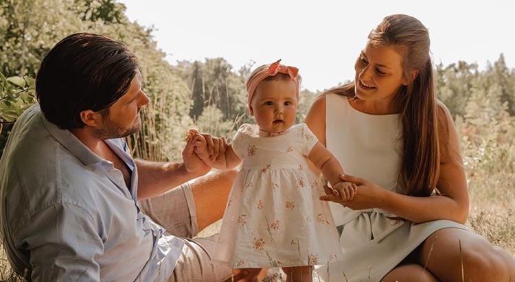 Waarom het moederschap geen evidentie is (6): over kraamtranen en moederrouw.