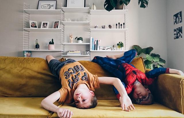 #relaxedouderschap. Waarom schermtijd overrated is.