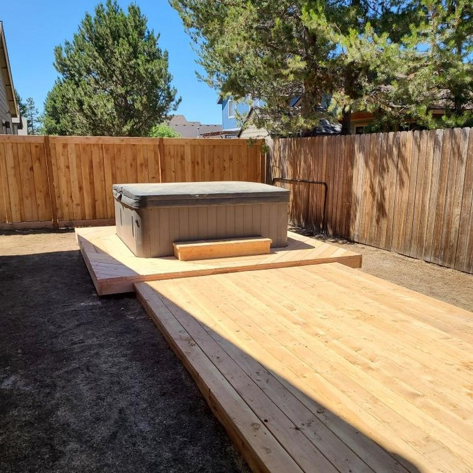 Deck Building Hot Tub La Pine Elite Land