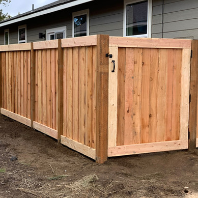 Wood Fencing Gate La Pine Elite Landscap