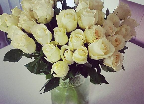 Simply White, White Roses