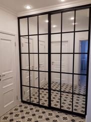 Зеркальные двери купе решетка 2.jpg