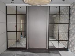 Зеркальные двери купе решетка 3.jpg