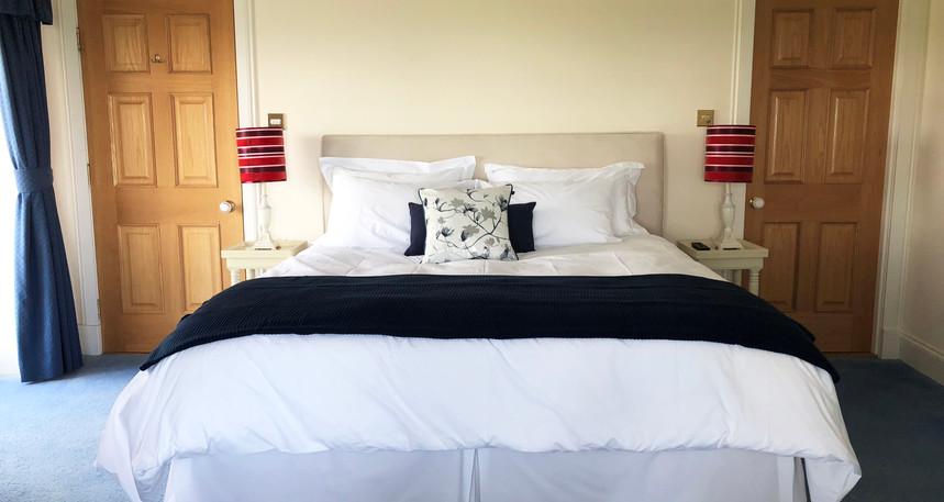 Macallan Super King Bed