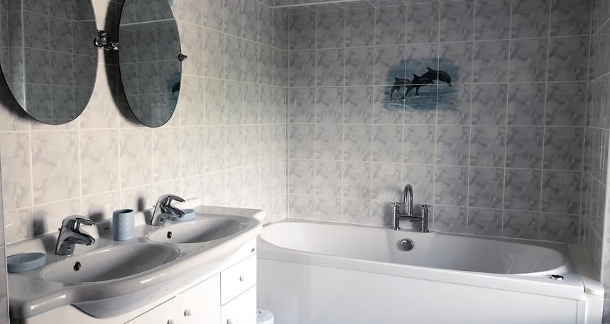 Macallan Bathroom