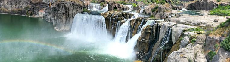 Shoshone Falls on a beautiful summer day, Idaho