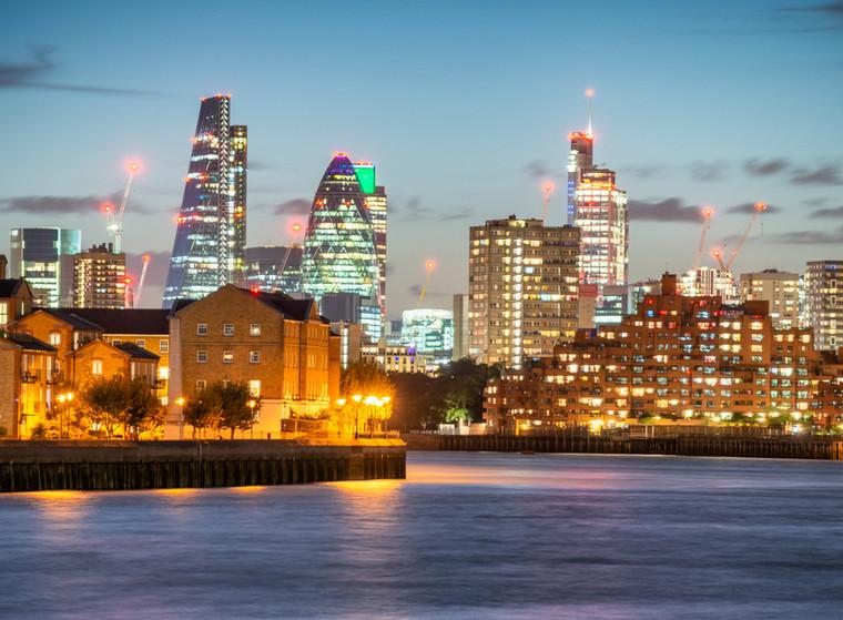 Canary Wharf night skyline
