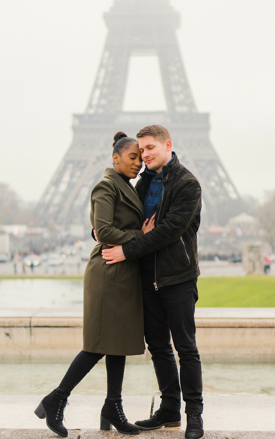 Paris prewedding photos,Paris winter elopement, paris winter engagement,paris proposal, paris destination photographer, paris winter elopement,piccadilly studios