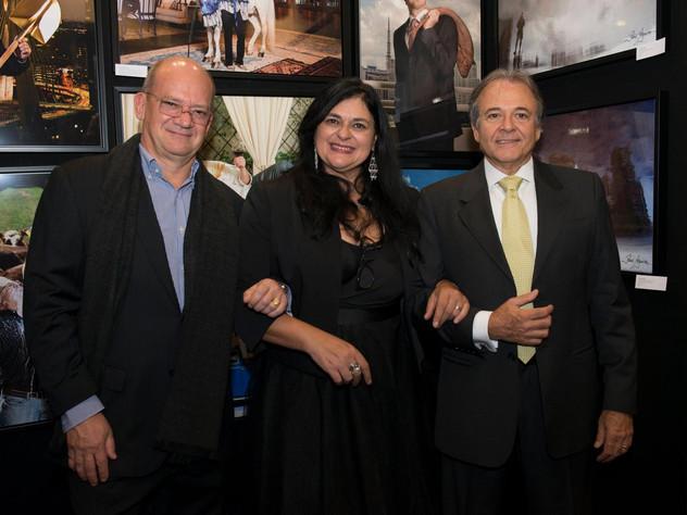 Jorge de Nagy (Diretor Administrativo da rede WTC de Hotéis), Heloiza Azevedo et Gilberto Pasetti (Produtor de Leite e Laranja no Brasil)
