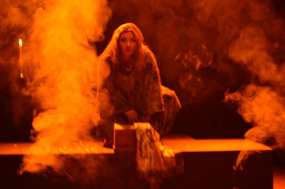 Performance Danza con la Muerte