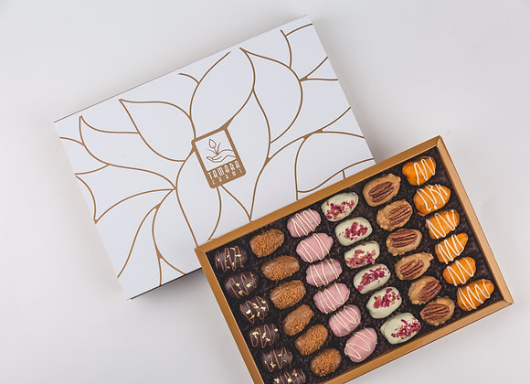 Assorted Premium Dates Box