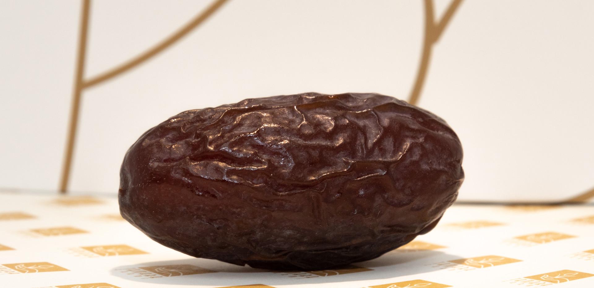 plain dates jumbo size