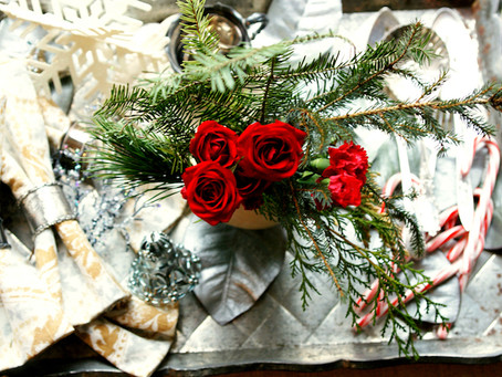 5 Simple Holiday Decorating Tips