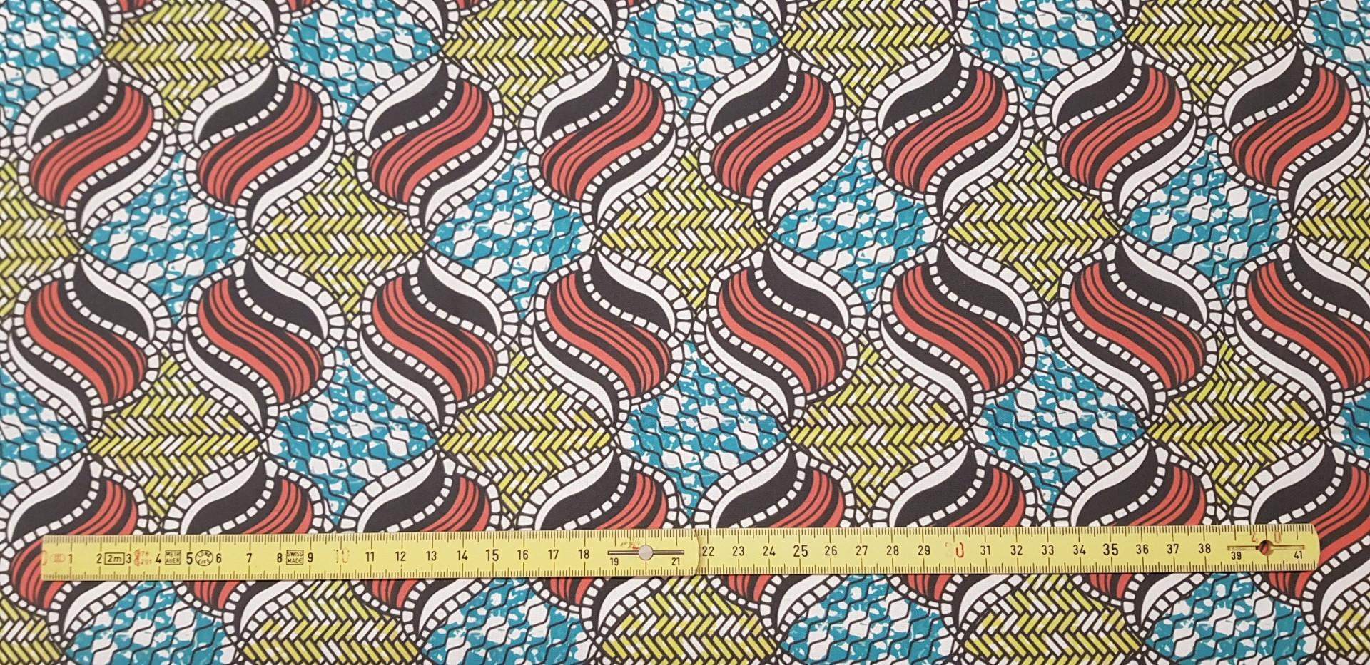 135. Kitenge