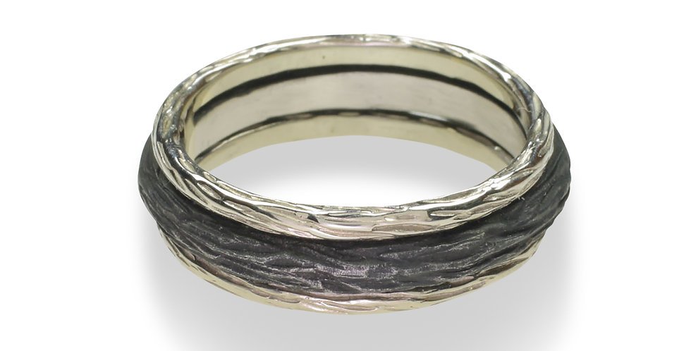 Pebble Soldered Triple Stacking Ring with Bold Center