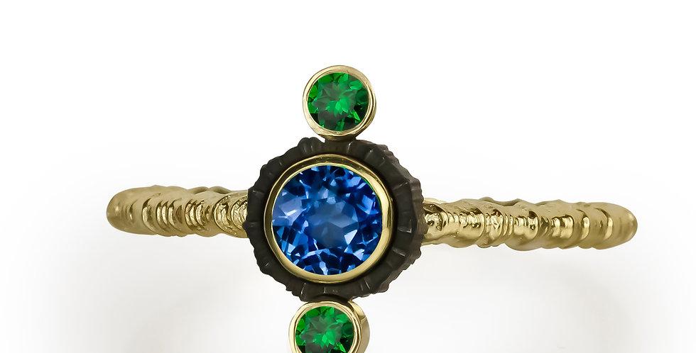 Chroma Triple Stone Vertical Blue Saphire and Tsavorite Garnet Ring