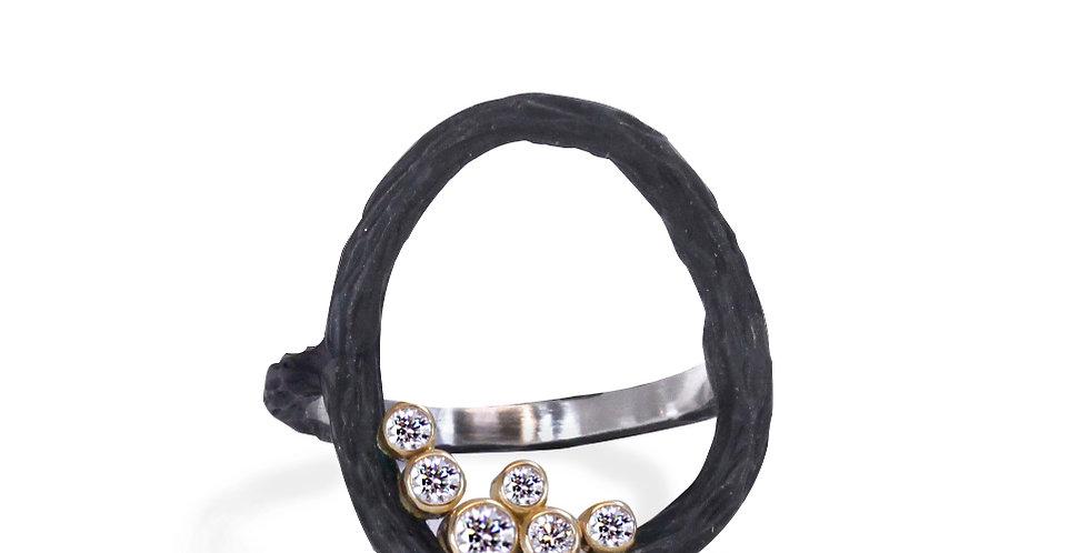 Pebble Diamond Medium Circle Ring