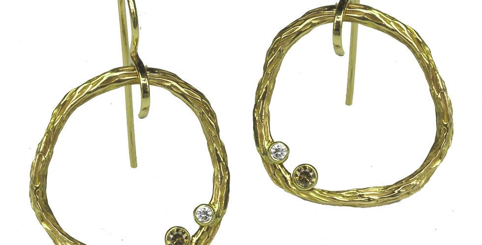Pebble Diamond Medium Circle Wire Earrings