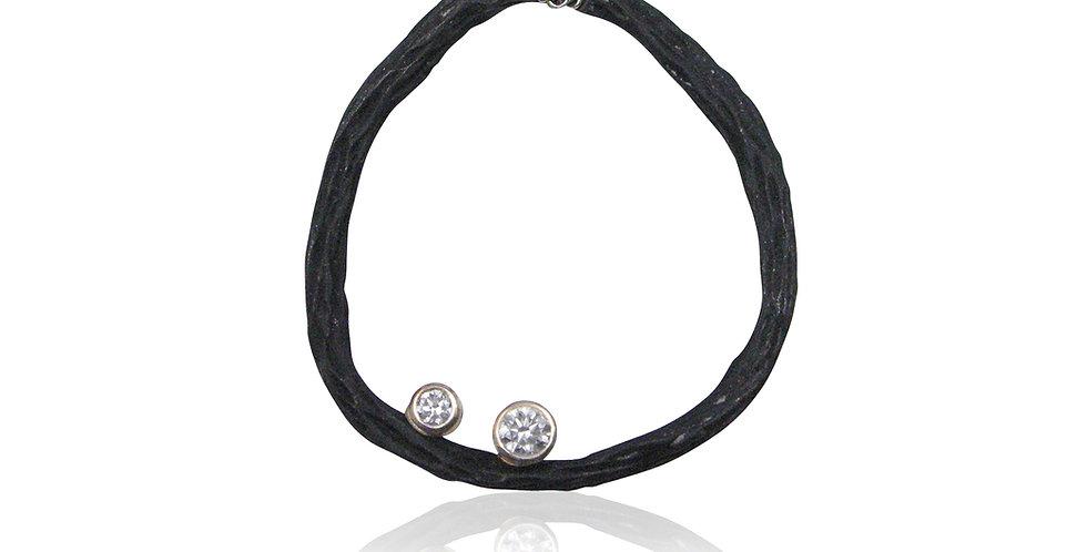 Pebble Medium Circle Diamond Necklace