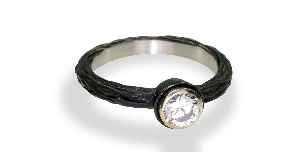 Pebble Bold Diamond Engagement Ring