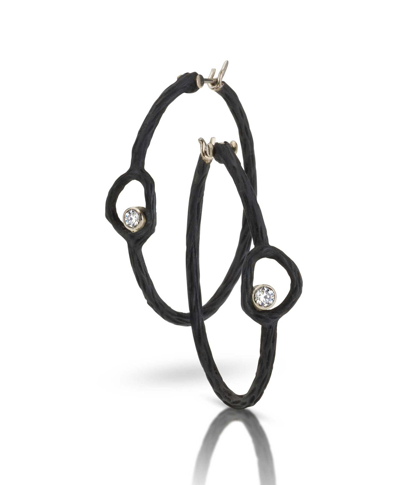 Pebble Circle Hoops corpped