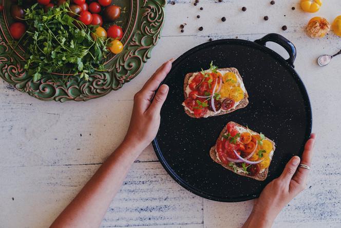 Tres Tomates Toast