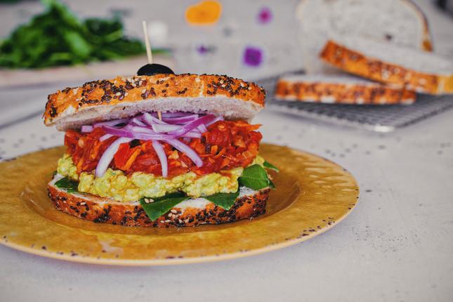 Tinga Super Sandwich