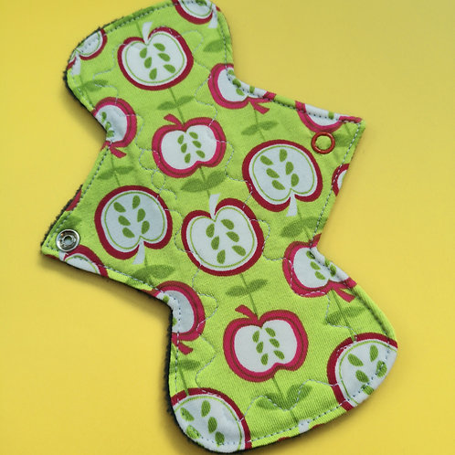 "7"" NARROW Regular Cloth Pad"