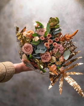 Rosariumin kukkakimppu