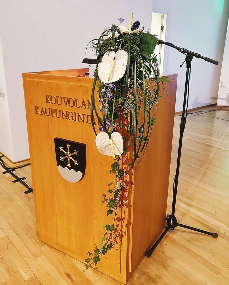 Rosarium kukkasidontatyö