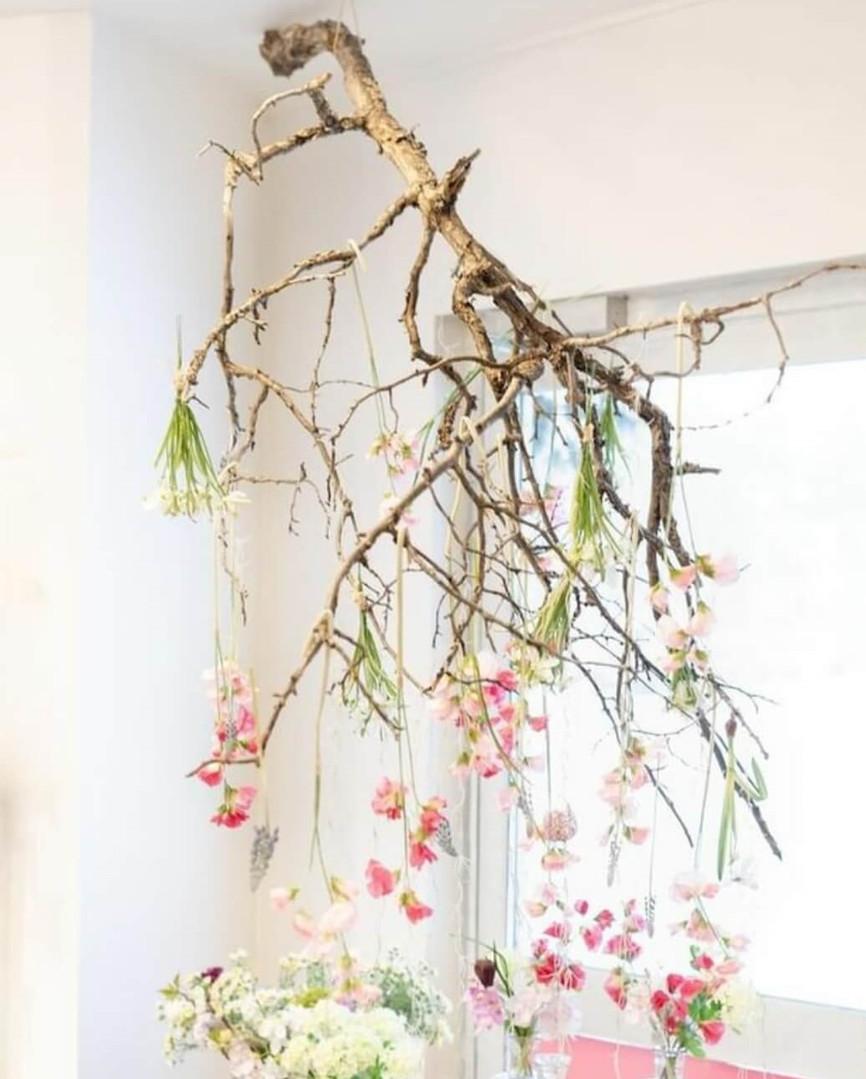 Rosariumin kukka-installaatio