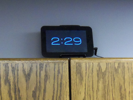 Turning an old Android tablet or phone into an accurate clock