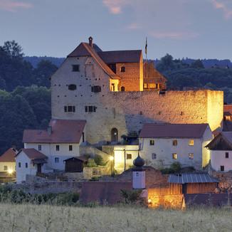9. Burg Wolfsegg - U Regensburgu