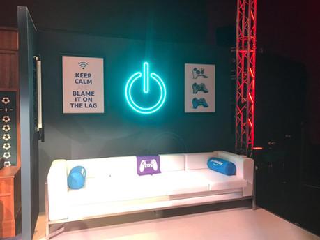 Amazon-Twitch Event Streamer Sofa