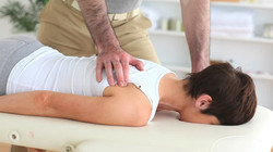 chiropractor-back-pain