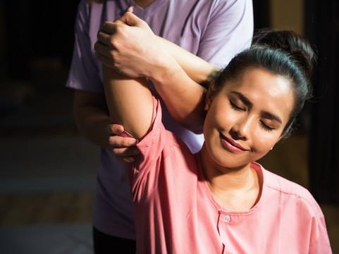 thai-arm-and-elbow-reflexology-massage-t
