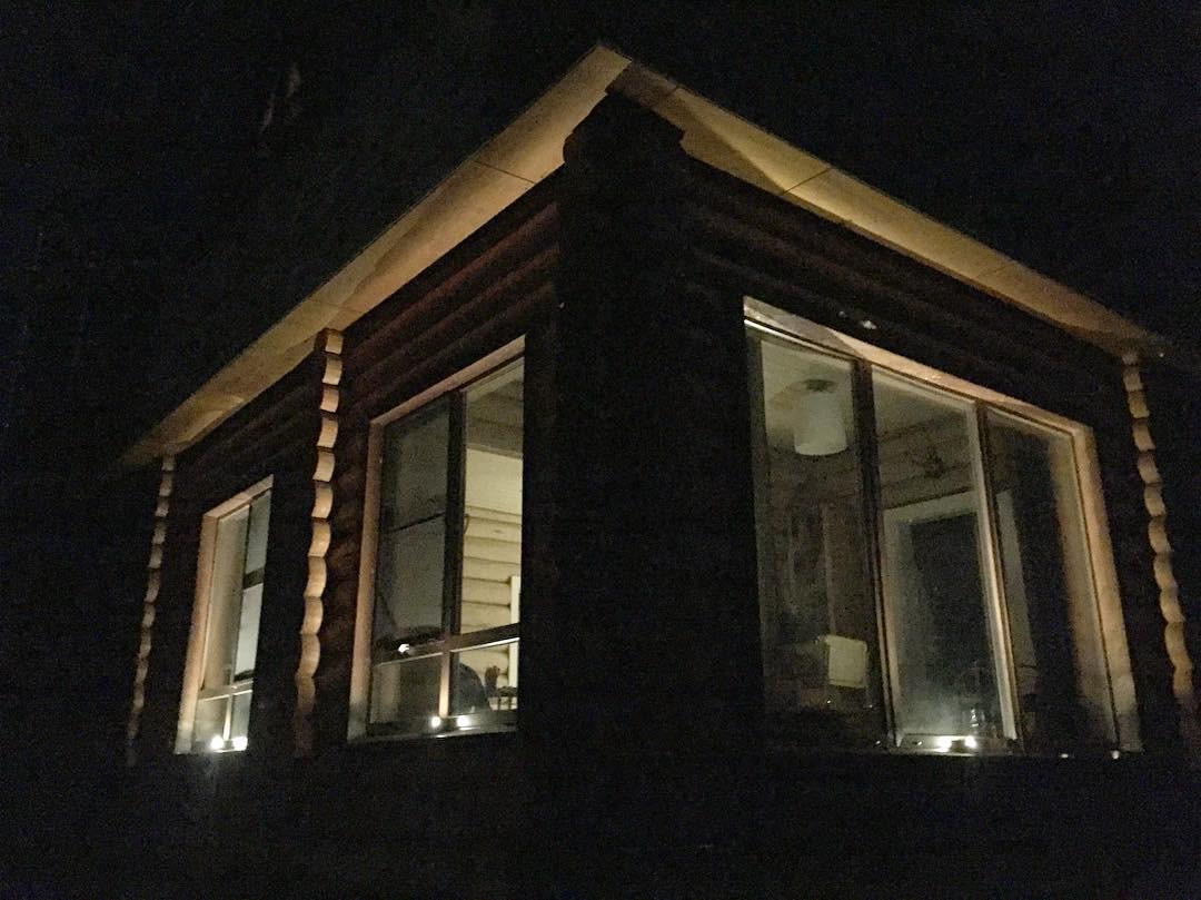 Фасадное освещение частного дома CERTUS Lighting