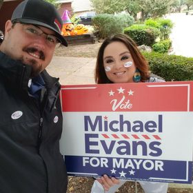 Sela supporting Michael Evans for Mansfi